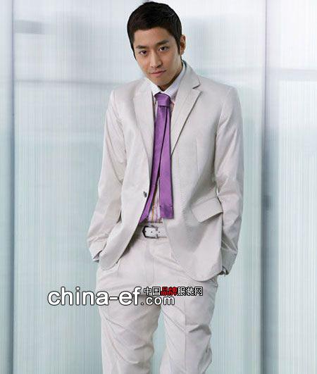 衬衫与领带的完美颜色搭配方案
