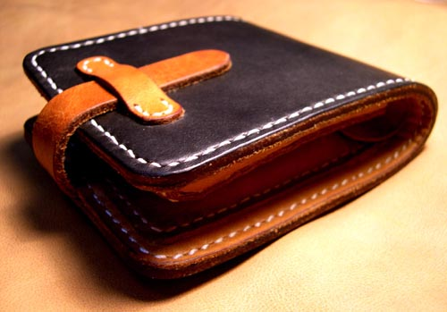 钱包的皮质很重要,牛皮