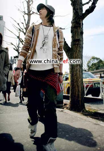 韩国街头男生春季搭配