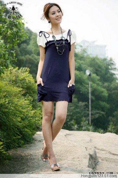 学美女穿裙子 夏天想不漂亮都难
